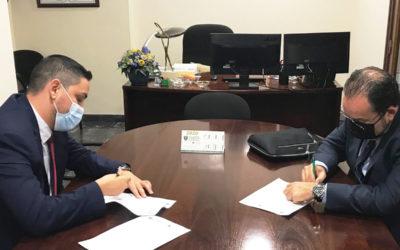 La Asociación y el Colegio de Titulados Mercantiles de S/C de Tenerife firma un convenio de colaboración